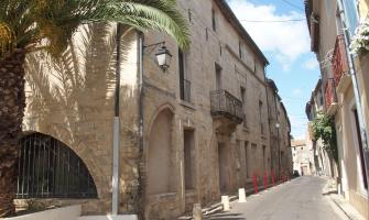 Saint-Thibéry (Hérault) - Maison médiévale - copyright Connaixens